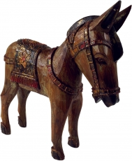 Carved horse, wooden decorative object - Design 3