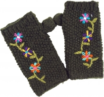 Knitted+hand cuffs%2C+wool cuffs+with+embroidery%2C+ethnic cuffs+..