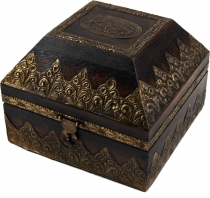 Rustic small treasure chest, wooden box, jewelry box - Model 13
