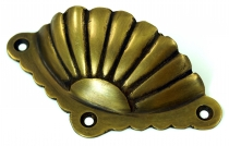 Door handle, classic shell-shaped fitting, brass